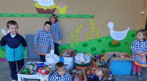 La recollida d'aliments dins de la campanya del gran recapte ha estat un èxit!