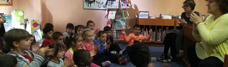 ELS NENS I NENES D' INFANTIL VISITEM LA BIBLIOTECA MUNICIPAL
